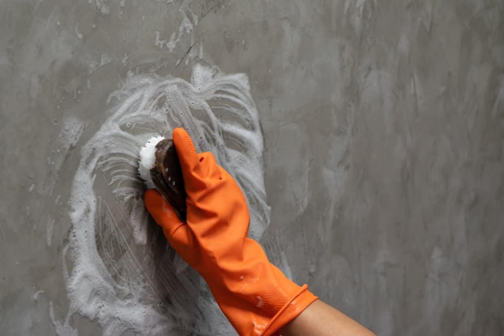 ทำความสะอาด กำแพงบ้าน